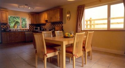 Sheen View Holiday Homes Kitchen